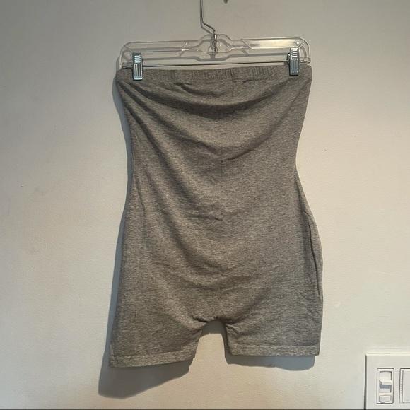 🌹✨ SheIn Gray Sleeveless Bodysuit Romper, Medium